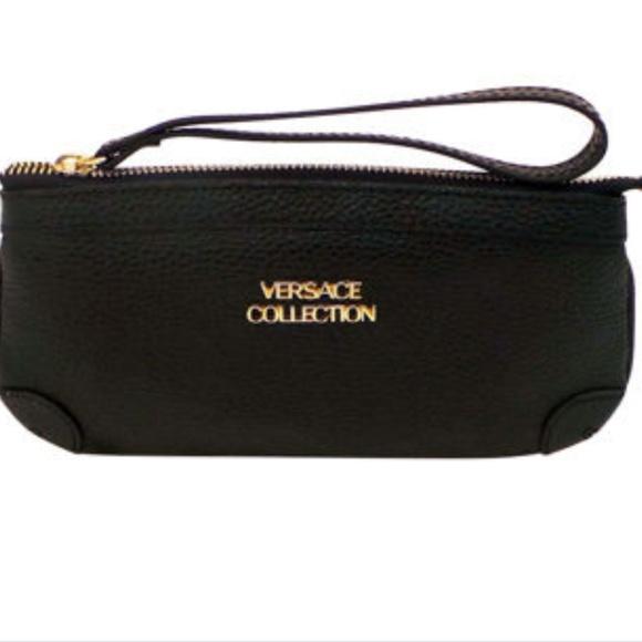 Versace Bags   Collection Wristlet   Poshmark 620ae0c822